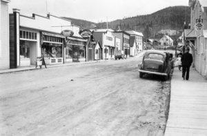 WP01038: Sanders Avenue, ca. 1940.