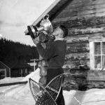 WP00897: Arnold Drinkwater, winning the Wester Canadian Snowshoe Championship in Wells in 1939.